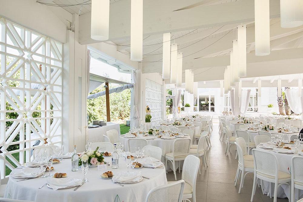 Sala ricevimenti ad andria con giardini e sale eleganti for Sale arredate